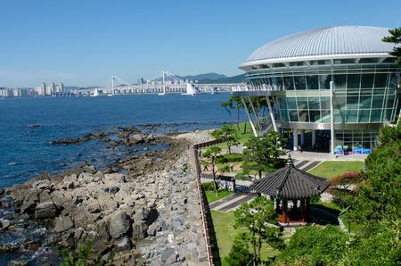 schlagbaum: Busan-Stadt in Yunnan in Korea Lizenzfreie Bilder
