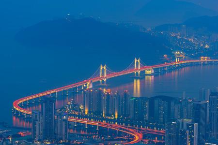 Horizonte de la ciudad de Busan, la mejor vista de Busan, Corea del Sur. Foto de archivo
