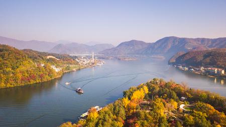 Luchtfoto. Zonsopgangherfst bij Nami-eiland, Seoel Korea Stockfoto