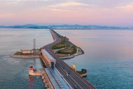 Autobahn der Insel Daebu bei Incheon, Südkorea