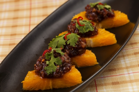 dessert plate: Piatto da dessert Thailandia in nero. Archivio Fotografico