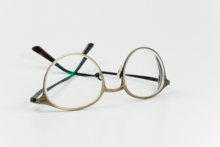 shortsightedness: Eyeglass