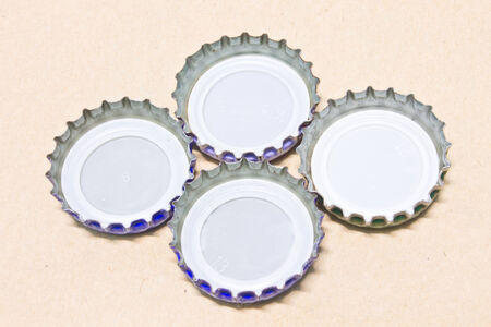 bottle cap opener: Bottle cap