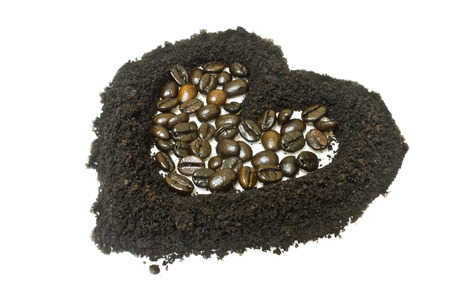coffee grounds: Coffee grounds and coffee bean, heart shape