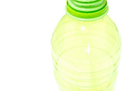 kunststof fles: green plastic bottle