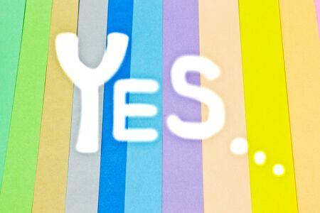 papier couleur: OUI, Fond color�, papier de couleur