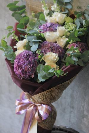 Bouquet flowers photo