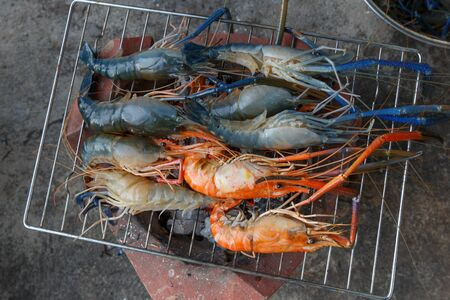 broiling: Shrimp on the grill Stock Photo