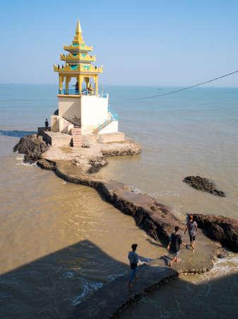 believes: Kyaikkhami Pagoda, Myanmar