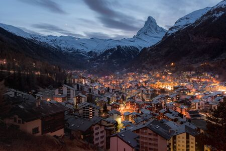 Zermatt Valley and Matterhorn, Zermatt, Switzerland Imagens