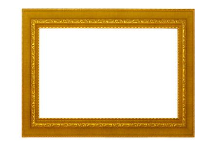 Bilderrahmen lokalisiert auf weißem Hintergrund, leerem antikem goldenem Rahmen für das Malen oder Foto. Standard-Bild - 83144526