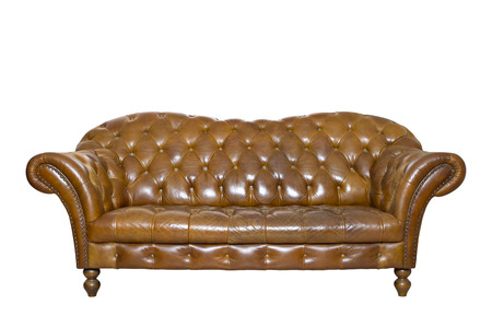 Vintage style  leather sofa isolated on white. Clipping path. Banco de Imagens