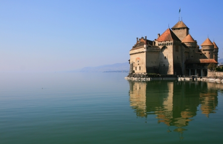 Panorama-Blick von Schloss Chillon Editorial