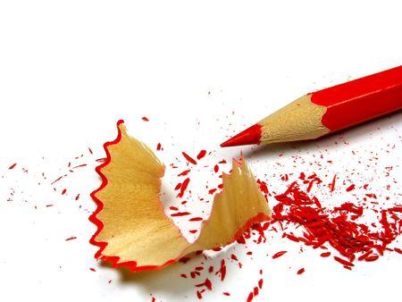 crayon: Crayon aiguis� et les copeaux de bois  Banque d'images