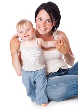 Moeder en dochter. Geïsoleerd op witte achtergrond  Stockfoto
