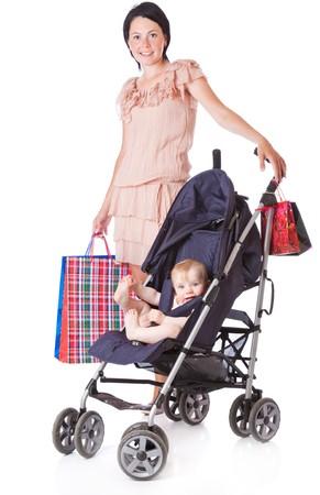 Jonge moeder met baby in doorschijnend. Geïsoleerd op witte achtergrond