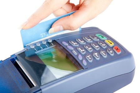 Payer avec une carte de crédit. Isolé sur fond blanc  Banque d'images - 8218909