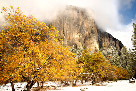 Yosemite s El Captan in Winter Banco de Imagens