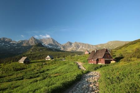 casa de campo: Cottage en un valle rodeado por las montañas de Tatra