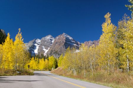 colorado landscape: Road to Maroon Bells near Aspen Colorado Stock Photo