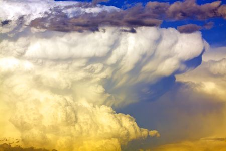Stormy Cloudscape Standard-Bild - 7418727