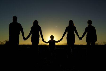 Unity における家族の穴かがり手