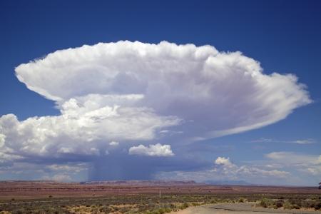 ユタ州南部の積乱雲雲