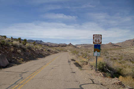 Route 66 Sign in Arizona Фото со стока