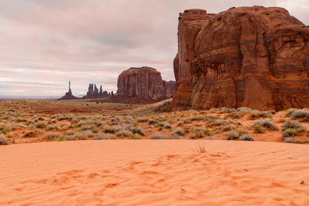monument valley: Monument Valley Scenic