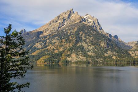 Jenny Lake Landscape Reflection in Fall Stock fotó