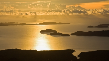 Golden sunset at Andaman sea, Thailand Stock Photo - 22225214