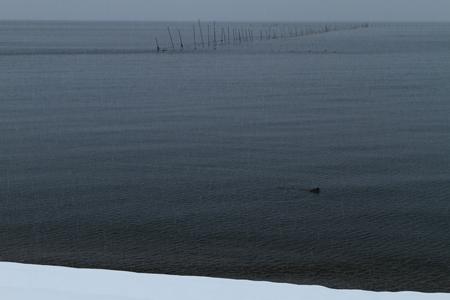 雪に覆われた海岸 写真素材 - 76147764