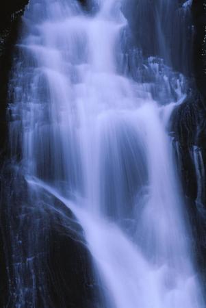 滝 写真素材 - 76396332