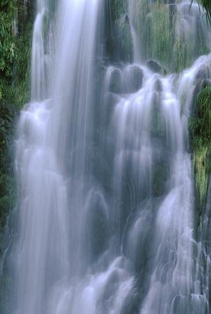 滝 写真素材 - 76396349
