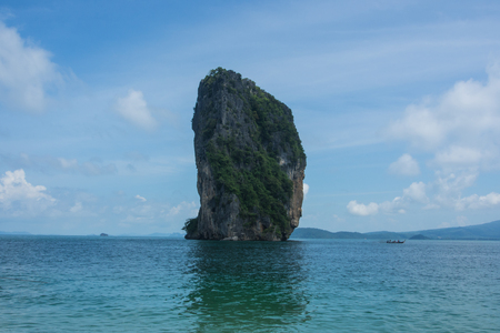 islet: Vertical islet in gulf of Thailand.