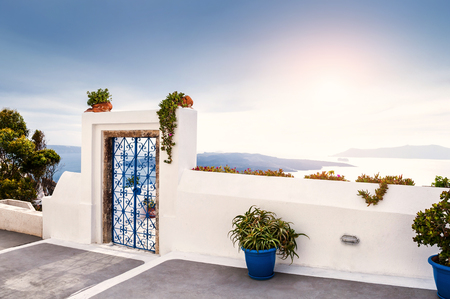 White architecture on Santorini island, Greece.  Beautiful landscape with sea view at sunset Zdjęcie Seryjne - 45182409