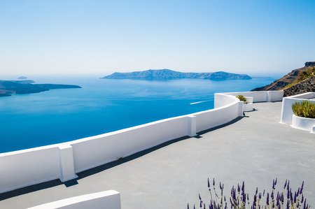 White architecture on Santorini island, Greece.  Beautiful landscape with sea view Standard-Bild