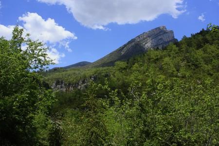 Ordinal:  Felsen der Berge von Ordesa in bew�lkten Tag, Tal, Pyren�en, in der N�he von Ainsa, Berg, Wolke, blauer Himmel,