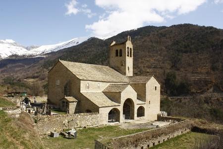 Ordinal: Kirche von Linas de Broto, Pyren�en