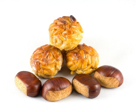 panellets: Chestnuts and panellets