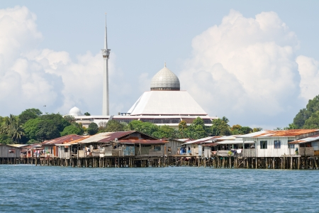 sandakan: Floating homes and Mosque of Sandakan, Borneo, Malaysia