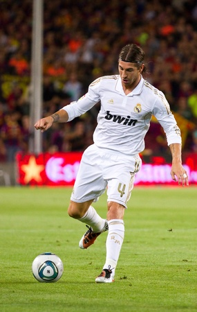 sergio: BARCELONA - AUGUST 17: Sergio Ramos in action during the Spanish Super Cup final match between FC Barcelona and Real Madrid, final score 3 - 2, on August 17, 2011 in Camp Nou stadium, Barcelona, Spain