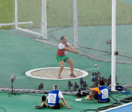 hammer throw: BARCELONA - JULY 28: European Athletics Championships Barcelona 2010. Hammer Men Final. In the picture, Valeri Sviatokha from Belarus. July 28, 2010 in Barcelona, Spain
