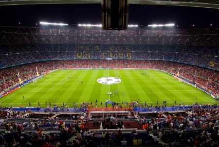 BARCELONA - SEPTEMBER 13: Crowd of people in Camp Nou stadium before the Champions League match between FC Barcelona and AC Milan, final score 2 - 2, on September 13, 2011, in Barcelona, Spain Editorial