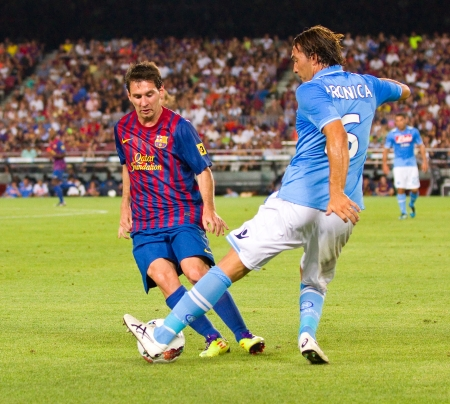 leo messi: Leo Messi in action during the Gamper Trophy final match between FC Barcelona and Napoli, final score 5 - 0, on August 22, 2011 in Camp Nou stadium, Barcelona, Spain