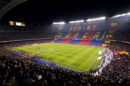 BARCELONA - JANUARY 25: View of Camp Nou stadium before the Spanish Cup match between FC Barcelona and Real Madrid, final score 2 - 2, on January 25, 2012, in Barcelona, Spain 에디토리얼