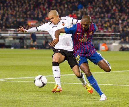 バルセロナ - Sofiane Feghouli と Eric [アビダル] スペイン カップの間にアクションで一致 Valencia CF、最終的なスコアと FC バルセロナ 2-0、バルセロナ、ス