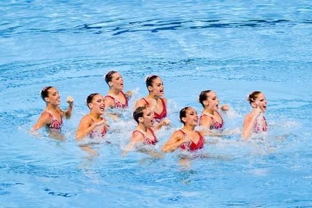piscina olimpica: Equipo espa�ol realiza en nataci�n sincronizada final Rutina libre de 15o Campeonato Mundial FINA, el 26 de julio de 2013, en Barcelona, ??Espa�a Rusia gana la medalla de oro