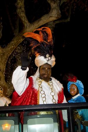 wise men: Balthazar re al corteo biblico dei Magi Re Magi, che danno i giocattoli ai bambini � una festa tradizionale spagnolo 5 gennaio 2012 a Alella, Barcellona, ??Spagna Editoriali