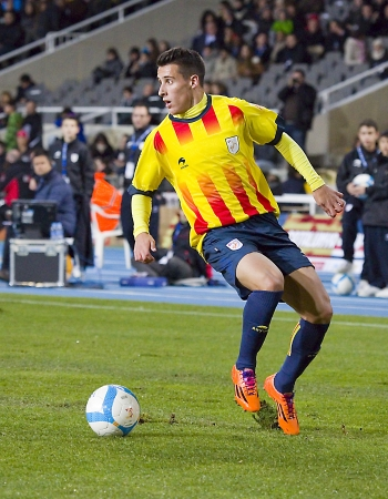 cristian: Cristian Tello in action at friendly football match between Catalonia and Cape Verde, 4-1, on December 30, 2013, in Barcelona, Spain Editorial